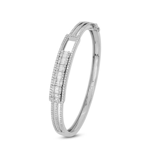 Bangle With Diamond in 18K White Gold