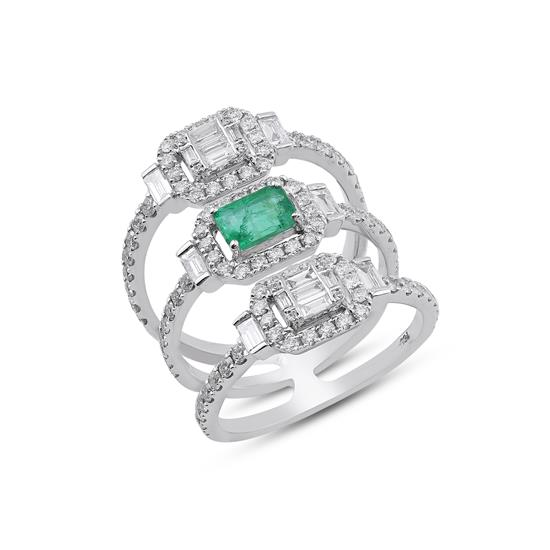 Ring With Diamond and Emerald in 18K White Gold